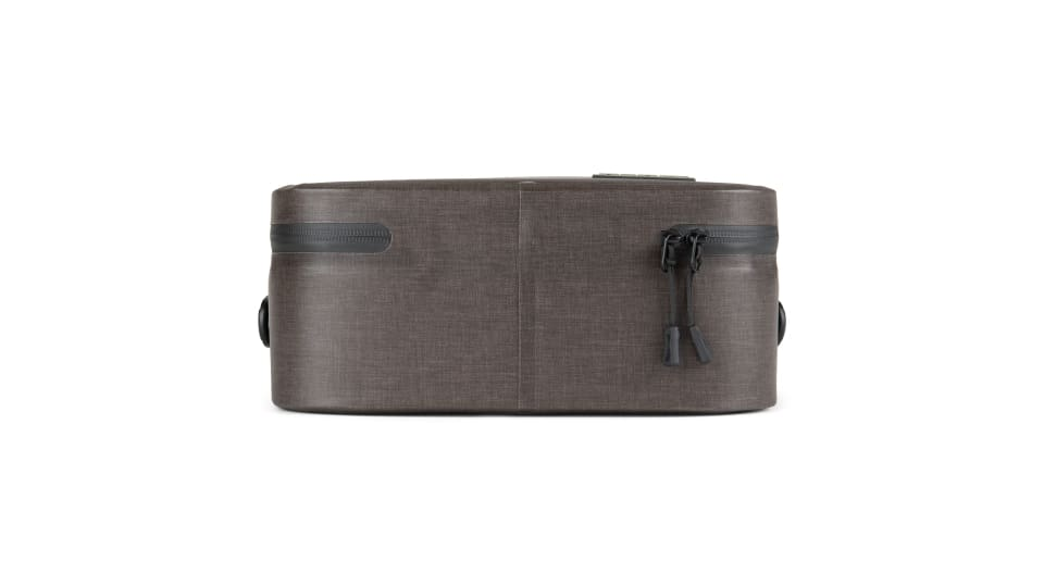 flat side view of insulated lunch box
